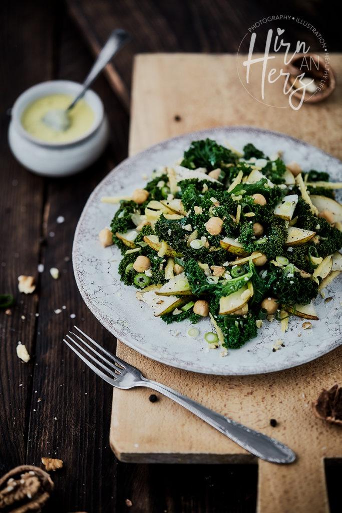 Grünkohl-Kichererbsen-Salat-mit-Birnen-Vinaigrette